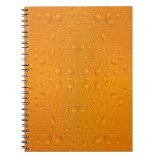 Caderno Espiral Teste padrão macro 8868 do vidro de cerveja