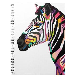 Caderno Espiral Zebra colorida do pop art no fundo branco