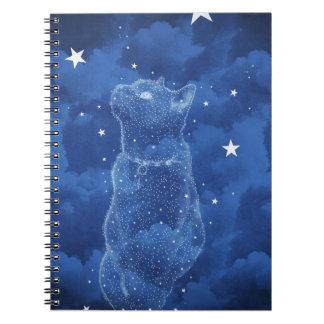 Caderno estrelado do gato