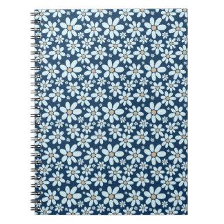 Caderno Flores em azul escuro