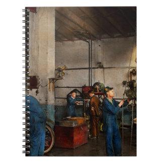 Caderno Garagem - mecânico - a revisão 1919