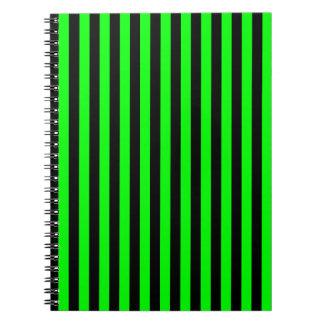 Caderno Listras finas - pretas e verde elétrico