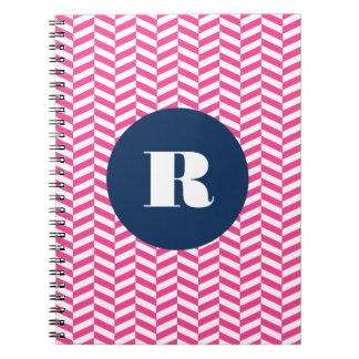 Caderno Monograma do teste padrão de Herringbone do rosa