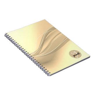 Caderno Monograma moderno das ondas do caramelo leitoso
