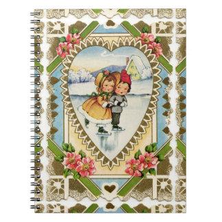 Caderno Namorados do Victorian com patinagem da menina e