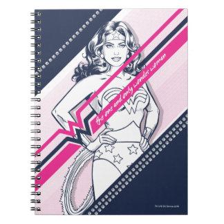Caderno O gráfico retro de Woman um e da única maravilha