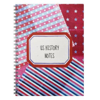 Caderno Padrões brancos e azuis vermelhos combinados