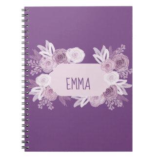 Caderno personalizado com os rosas roxos e brancos