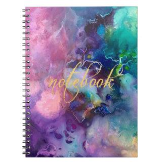 Caderno pintura roxa colorida do teste padrão da textura