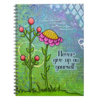 Caderno positivo adorável da flor do Doodle do
