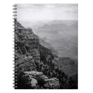 Caderno preto e branco do Grand Canyon