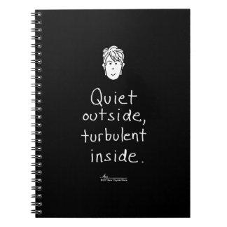 Caderno preto interno turbulento