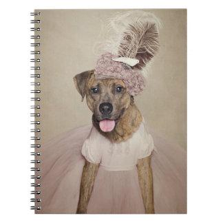 Caderno Projeto de animais de estimação do abrigo - Tigger