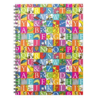 Caderno Teste padrão colorido da letra de bloco de ABC do