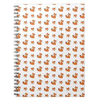 Caderno teste padrão das raposas vermelhas