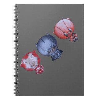 Cadernos 3 heróis pequenos