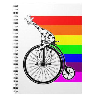 Cadernos Bicicleta do arco-íris do girafa