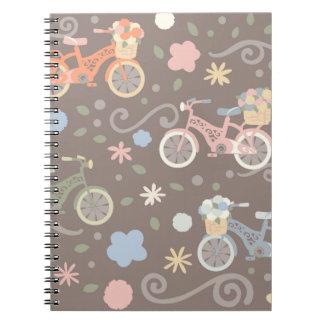Cadernos Bicicleta retro e flores