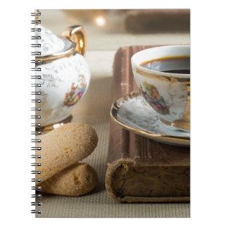 Cadernos Café da manhã e savoiardi dos biscoitos