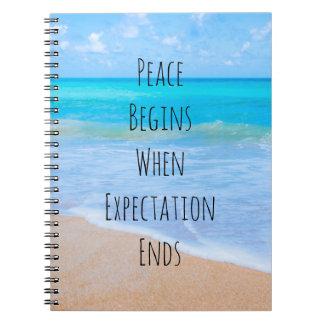 Cadernos Citações inspiradas com cena tropical da praia