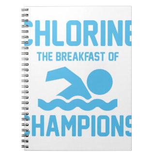 Cadernos Cloro para o pequeno almoço