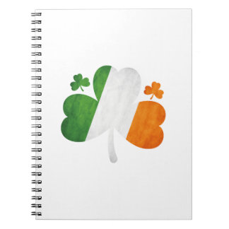 Cadernos De St Patrick irlandês da bandeira do trevo do