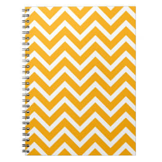 Cadernos design branco alaranjado do teste padrão de