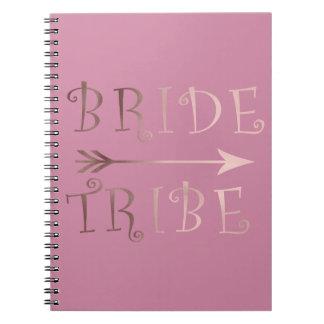 Cadernos design cor-de-rosa do tribo da noiva da folha de