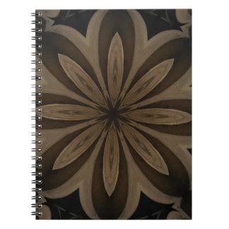 Cadernos Design floral rústico do caleidoscópio de Brown