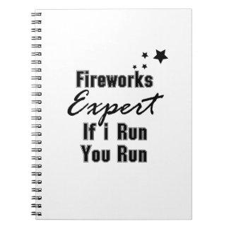 Cadernos Engraçado perito dos fogos-de-artifício 4o julho