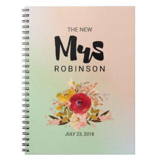 Cadernos Espiral A Sra. nova - casamento floral do buquê da