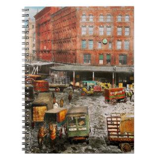 Cadernos Espiral Cidade - New York NY - colada em uma rotina 1920