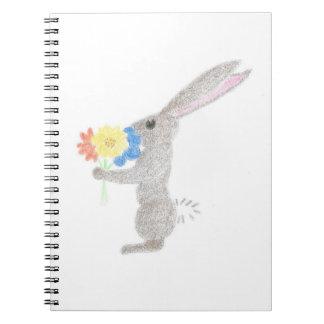 Cadernos Espiral Coelho com flores