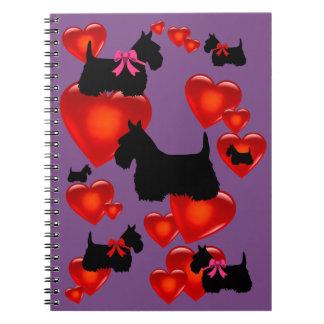 Cadernos Espiral Coração vermelho/arco da silhueta preta de Terrier