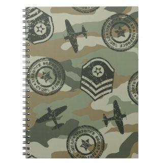 Cadernos Espiral Crachás militares