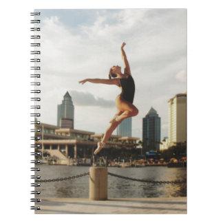 Cadernos Espiral Desafio a dançar