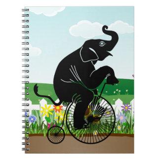 Cadernos Espiral Elefante que monta uma bicicleta