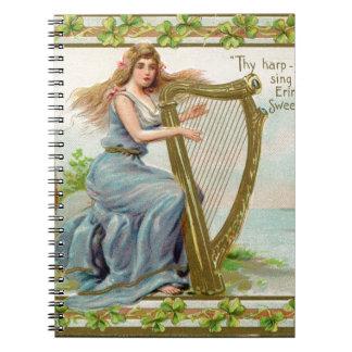 Cadernos Espiral Harpa & senhora originais do dia de patrick de