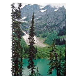 Cadernos Espiral Lago canadiano de montanha
