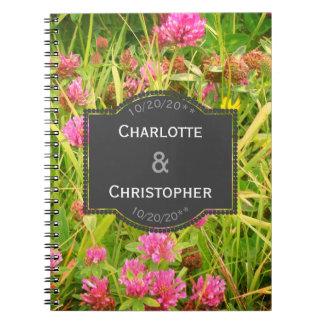 Cadernos Espiral Livro dos planos do casamento do trevo vermelho e