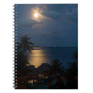 Cadernos Espiral Moon on bora bora