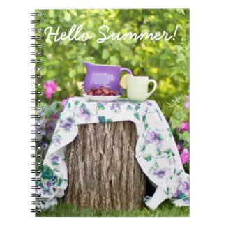 Cadernos Espiral Olá! chá e ameixas do verão no jardim