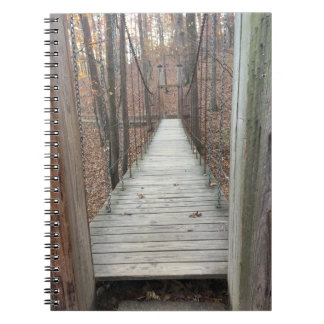 Cadernos Espiral Ponte nas madeiras