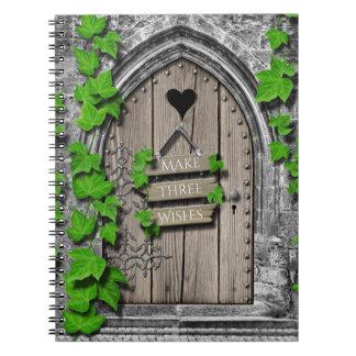 Cadernos Espiral Porta de desejo feericamente da fantasia mágica de