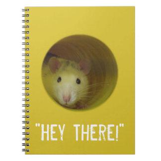 Cadernos Espiral Rato bonito em um animal engraçado do furo