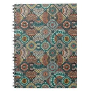 Cadernos Espiral Retalhos do vintage com elementos florais da
