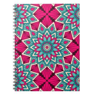 Cadernos Espiral Rosa e teste padrão floral da mandala de turquesa