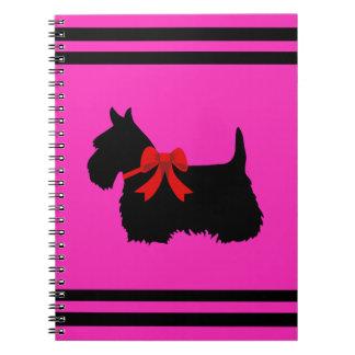 Cadernos Espiral Scottish rosa de Terrier nome pretos/brancos da