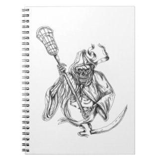 Cadernos Espiral Tatuagem de Pólo da defesa do Lacrosse do Ceifador