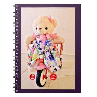 Cadernos Espiral Urso de ursinho em um triciclo